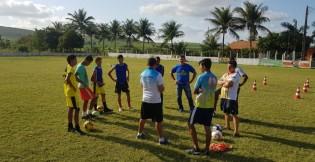 Aulas da Escolinha Craques Canoenses começam nesta quinta (19) em Lagoa da Canoa
